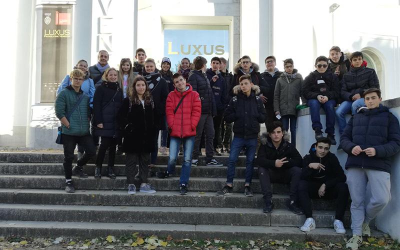 """""""VIVA ARTE VIVA"""": gli studenti in visita alla 57. Biennale di Arte di Venezia"""